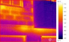 Termogram - úniky tepla pórobeonovým zdivem